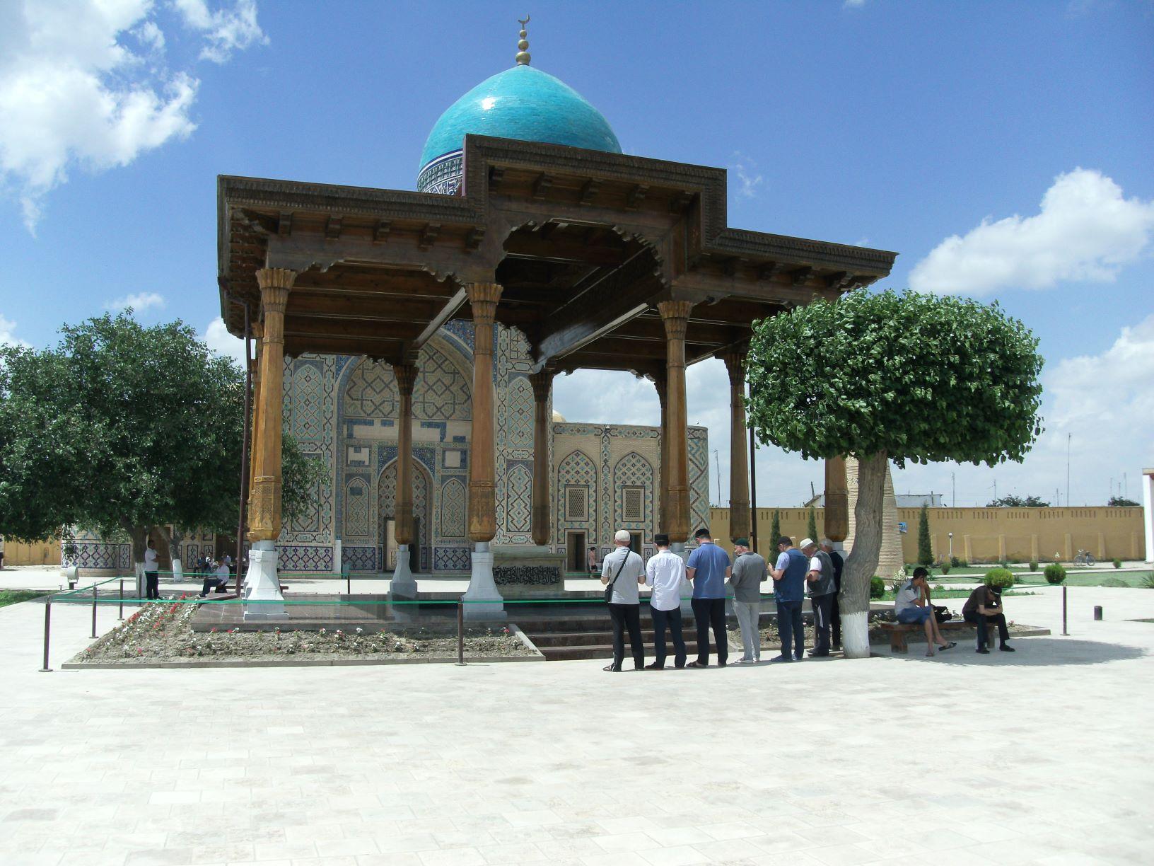 Tomb of Hazrat Abdul Khaliq al-Ghujdawani